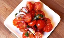 Tomato Onion Tarragon Salad by the Urban Farming Institute Farm-to-Table Chef